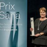 Die Gewinnerin Regine Schlaginhaufen bei der Verleihung des Prix Sana 2017 in Luzern am 2. Dezember 2017. Fotografiert von Thomas Hodel.